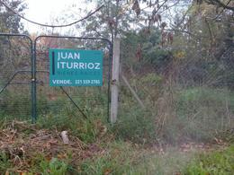 Foto Terreno en Venta en  City Bell,  La Plata  479 e/ 9 y 10 - City Bell