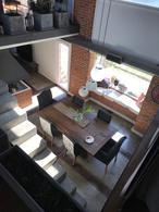 Foto Casa en Venta | Alquiler en  Echeverria Del Lago,  Countries/B.Cerrado  Boulevar dupui al 6000