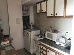 Foto Oficina en Venta   Alquiler en  Lomas de Zamora Oeste,  Lomas De Zamora  HIPOLITO YRIGOYEN 8353 4ºB