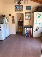 Foto Casa en Venta en  Adrogue,  Almirante Brown  AMENEDO 1436
