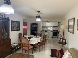 Foto Departamento en Venta en  Lomas De Zamora ,  G.B.A. Zona Sur  Colombres 762 PB A