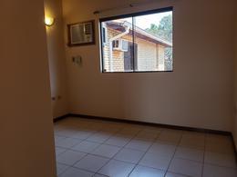 Foto Casa en Venta en  San Lorenzo ,  Central  Vendo Duplex De Tres Dormitorios En Zona Shopping Pinedo