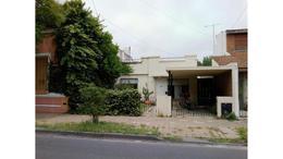 Foto Casa en Venta en  Mart.-Santa Fe/Fleming,  Martinez  Diagonal Salta al 800