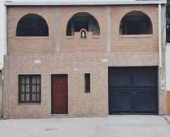 Foto Casa en Venta en  Capital ,  Tucumán  ALT. JUAN B JUSTO al 1800