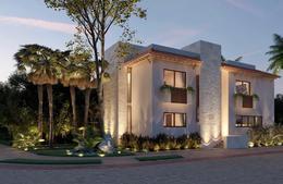 Foto Casa en Venta en  Lagos,  Cancún  Casa en venta en Lagos del Sol Cancun