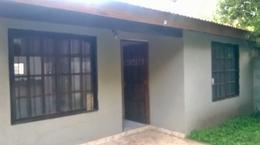 Foto thumbnail Casa en Venta en  Barrio Parque Leloir,  Ituzaingo  El Chacho al 300