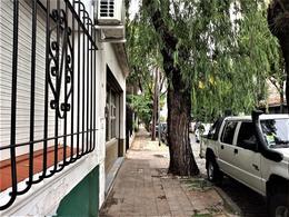 Foto Local en Alquiler en  San Fernando,  San Fernando  Chacabuco al 1400