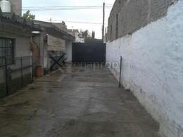 Foto Terreno en Venta en  Lomas De Zamora,  Lomas De Zamora  Carlos Molina Arrotea 1200