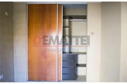 Foto Departamento en Venta en  Moreno ,  G.B.A. Zona Oeste  Excelente   Duplex en Rivadavia al 900 e/ Sarmiento y Alsina