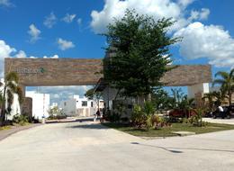 Foto Casa en Venta en  Pueblo Conkal,  Conkal  Casa en Privada Botánico (Mod.210) Lote 197