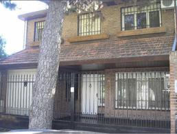 Foto Casa en Venta en  San Isidro ,  G.B.A. Zona Norte  Vieytes al 900