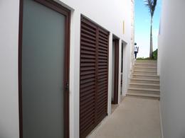 Foto Casa en Renta en  Puerto Cancún,  Cancún  Casa De Lujo en Renta en Puerto Cancún. Los Canales de 4  Recámaras con Muelle