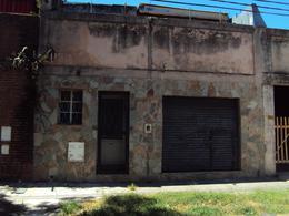 Foto Casa en Alquiler en  Remedios de Escalada de San Martin,  Rosario  MENDOZA 4600 SOLO USO COMERCIAL