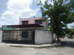 Foto Casa en Renta en  Fraccionamiento Francisco de Montejo,  Mérida  Casa de 2 plantas amueblada en renta. Francisco de Montejo