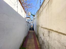 Foto PH en Venta en  Quilmes Oeste,  Quilmes  Bernardo de Irigoyen al 200