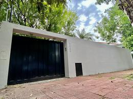 Foto Casa en Alquiler en  Acassuso,  San Isidro  Almafuerte al 1000