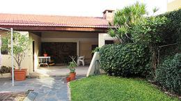 Foto Casa en Venta en  Carapachay,  Vicente Lopez  Navarro al 5500