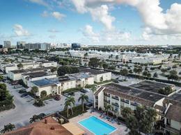 Foto Departamento en Venta en  Miami-dade ,  Florida  1500 N Congress Ave, West Palm Beach, FL 33401, EE. UU.