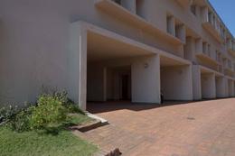 Foto Departamento en Venta en  Sur Playa,  Pinamar  Tritones 70 Unidad 13