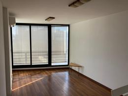 Foto Apartamento en Alquiler en  Centro (Montevideo),  Montevideo  Ciudadela al 1200