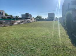 Foto Terreno en Venta en  City Bell,  La Plata  476 y 132 bis, El Cauce