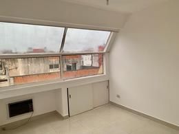 Foto Departamento en Alquiler en  Recoleta ,  Capital Federal  URIBURU al 1200