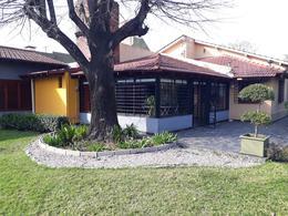 Foto Quinta en Venta en  Burzaco,  Almirante Brown  ESPAÑA 815