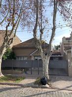 Foto Casa en Venta en  Temperley Oeste,  Temperley  Av. Fernandez al 389