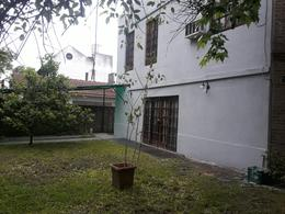 Foto Casa en Alquiler en  Lomas de Zamora Este,  Lomas De Zamora  Sarandi al 200