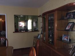 Foto Casa en Venta en  Jose Marmol,  Almirante Brown      PIEDRABUENA Nº 2038   entre Pje Etcheverri y Thorne