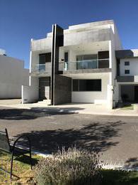 Foto Casa en Venta en  Fraccionamiento Jade Residencial,  Pachuca  Fraccionamiento Jade Residencial