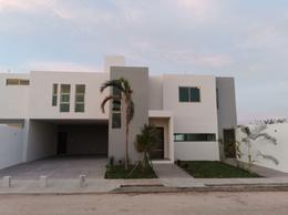 Foto Casa en Venta en  San Diego Cutz,  Conkal  CASA NUEVA 3 HABITACIONES EN SAN DIEGO CUTZ