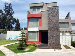 Foto Casa en Venta en  Cumbayá,  Quito  San Juan Bajo