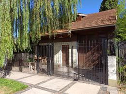 Foto Casa en Venta en  Jose Marmol,  Almirante Brown  Mitre 2866