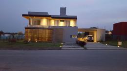 Foto thumbnail Casa en Venta en  Yerba Buena ,  Tucumán  Las Jarillas