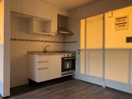 Foto Departamento en Alquiler en  Pocitos ,  Montevideo  Penthouse de 1 dormitorio con garaje, terraza y parrillero exclusivos