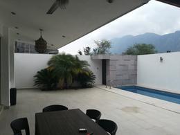 Foto Casa en Venta en  Palmares Residencial,  Monterrey  Kemtia al 1600
