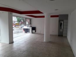 Foto Local en Venta en  Centro,  San Carlos De Bariloche  Quaglia y Mitre