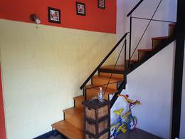 Foto PH en Venta en  Las Heras,  Rosario  MR. Ross al 800