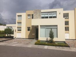Foto Casa en Venta en  Tumbaco,  Quito  TUMBACO