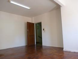 Foto thumbnail Oficina en Alquiler en  San Telmo ,  Capital Federal  México al 800