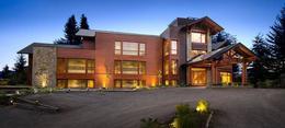 Foto Edificio Comercial en Venta en  Villa La Angostura ,  Neuquen  Las Hortensias 1