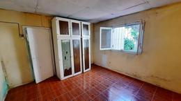 Foto Casa en Venta en  Lomas de Zamora Oeste,  Lomas De Zamora  Juan Jose Paso 1115