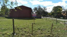 Foto Terreno en Venta en  Berazategui ,  G.B.A. Zona Sur  Av. 21 esquina 123