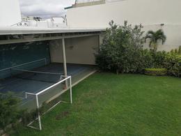 Foto Oficina en Venta | Renta en  Mata Redonda,  San José  Oficina en Sabana / 28 estacionamientos / 1412 m2 de terreno