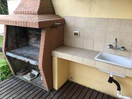 Foto Casa en Venta | Alquiler en  Villa Gesell ,  Costa Atlantica  avenida 2 al 100