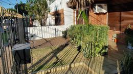 Foto Casa en Venta en  Adrogue,  Almirante Brown  Comodoro Rivadavia al 600