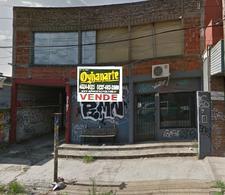 Foto Local en Venta en  Castelar,  Moron  Arias al al 3100
