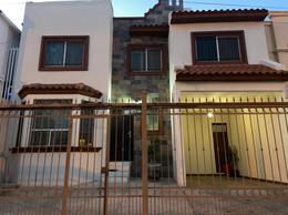 Foto Casa en Venta en  Fraccionamiento Lomas Universidad,  Chihuahua  CASA EN VENTA EN LOMAS UNIVERSIDAD CERCA DE PERIFÉRICO DE LA JUVENTUD EN CHIHUAHUA