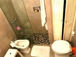 Foto Casa en Venta en  Guemes,  Cordoba Capital  Guemes - Montevideo al 400